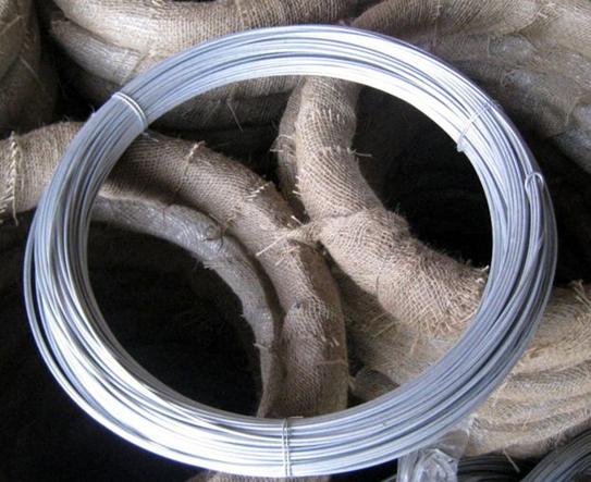 铁丝紧固砂锅步骤图片