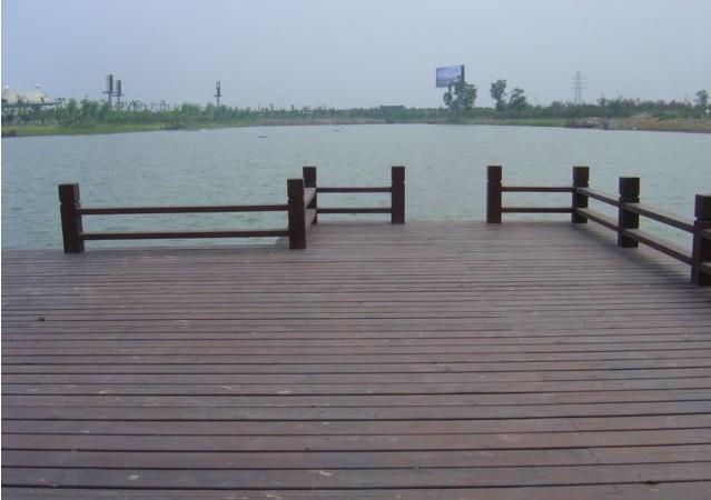 业务范围:    防腐木凉亭,木桥,木栈道,廊架,亲水平台,户外木