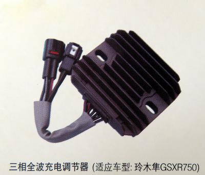 调压器分为:自耦调压器,隔离调压器,油浸式感应调压器,柱式电动图片