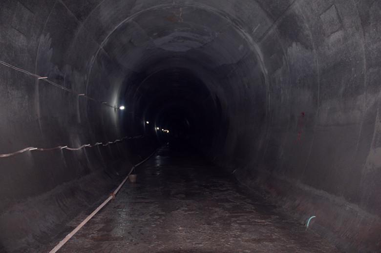 地铁做防水步骤图片
