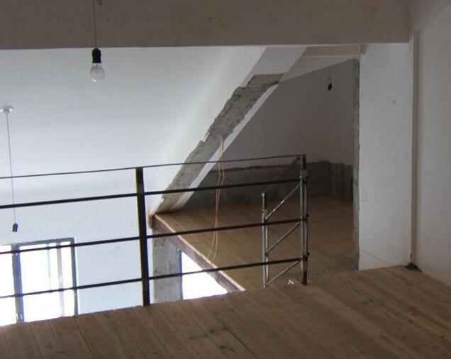 (钢筋混凝土现浇结构,钢木结构),专业现浇隔楼,各式楼梯 (楼梯改造