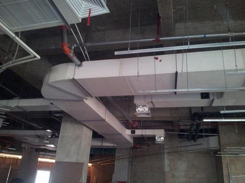 风上,风机,风阀,专业从事制造,加工,安装各种室内外通风管道,中央空调