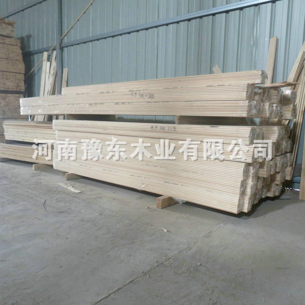 厂家直销: 专业批发:床板条,集成材,柜子板,桑拿板,碳化木,漆板,凳板