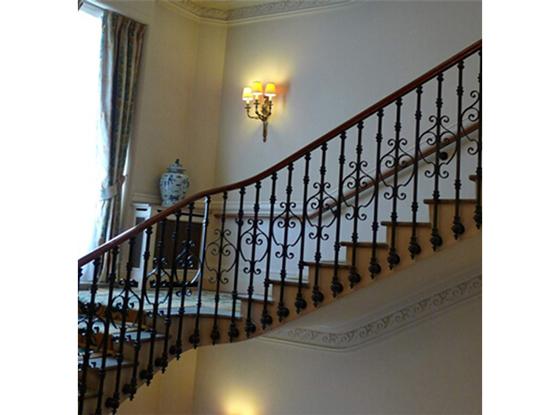 楼梯一开双控多亮接线图