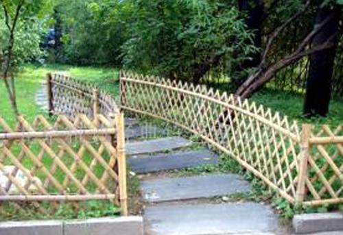 幼儿园竹篱笆环境布布置