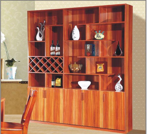 木工自制酒柜