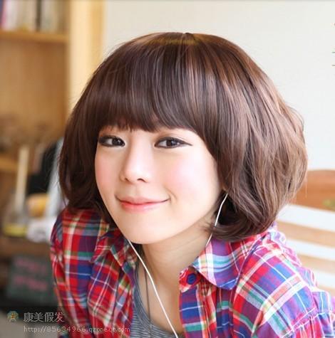 可爱公主 爆可爱 齐刘海蓬松短卷发;