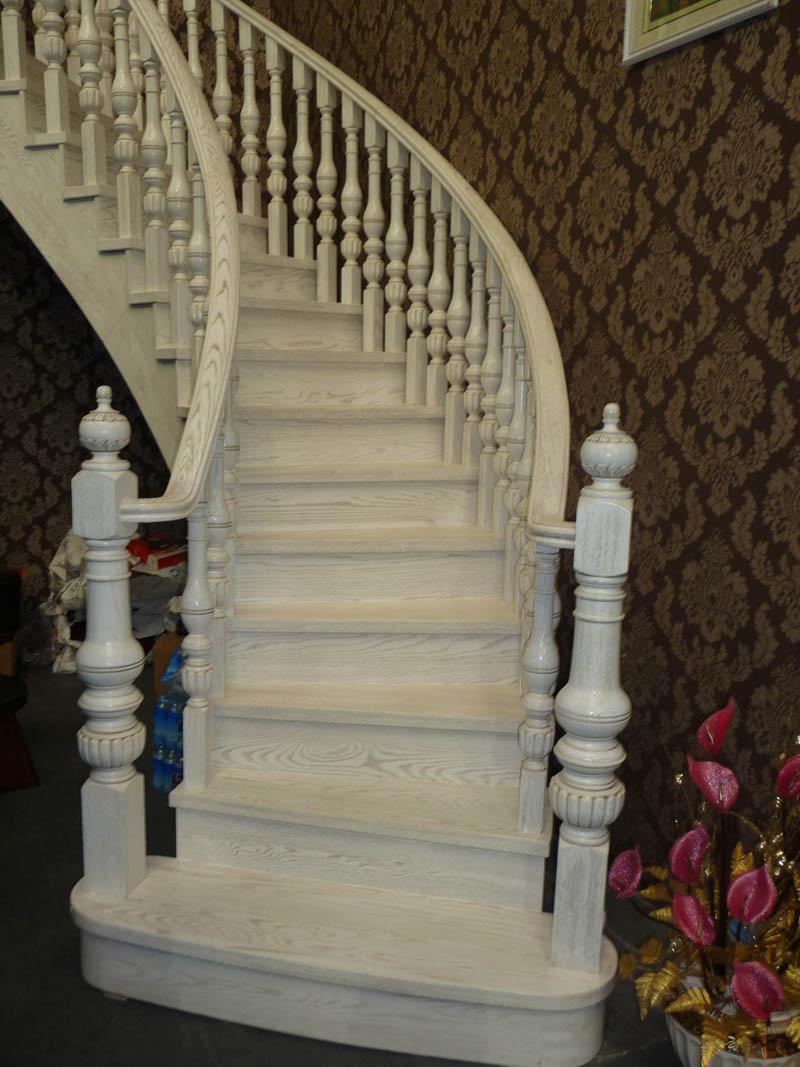 实木楼梯043