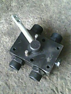 液压阀16 液压阀 液压件图片