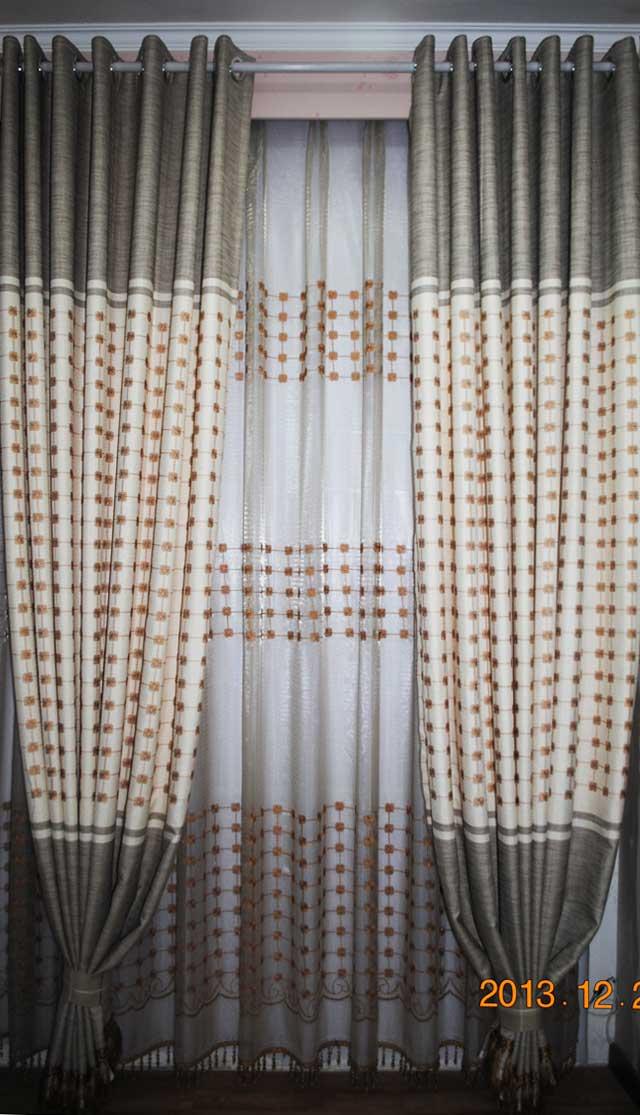 换窗帘方法图解