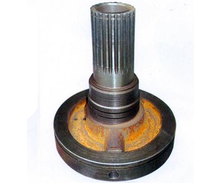 装载机作业时工作装置应能保证:当转斗油缸闭锁,动臂油缸举升或