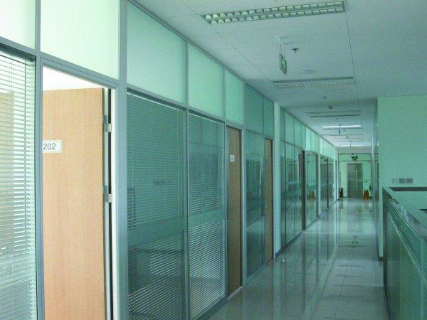 玻璃隔断a002 太原办公隔断