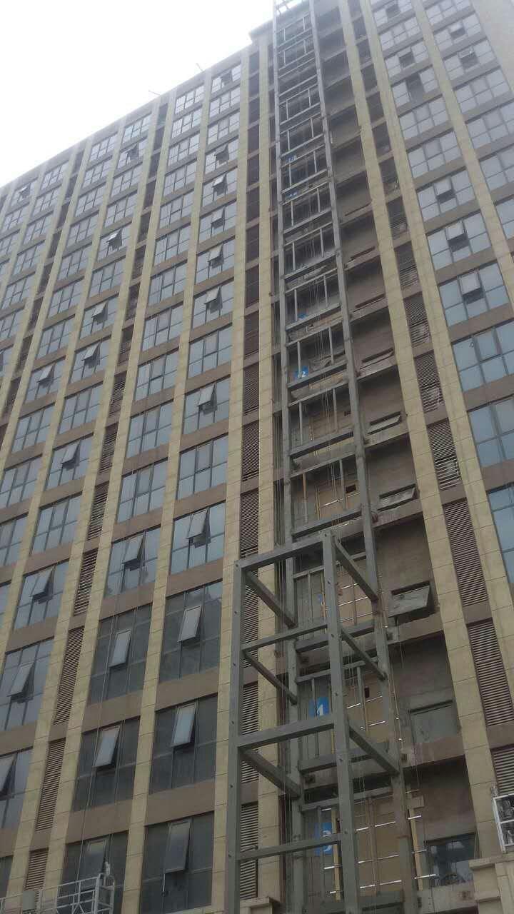 观光电梯 观光电梯 郑州聚伟钢构土建装饰配套加工厂