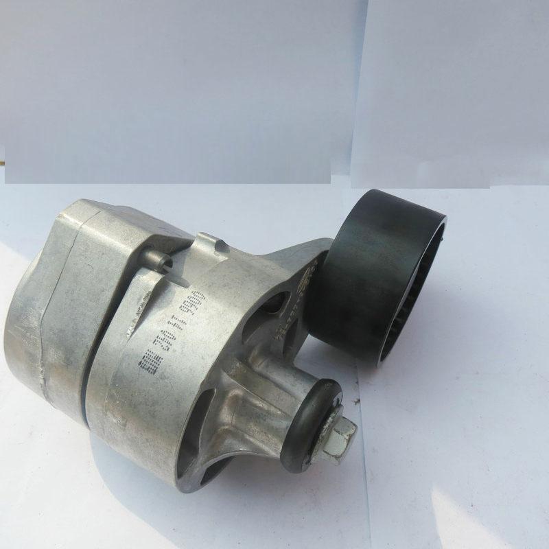 发动机(Engine)是一种能够把其它形式的能转化为机械能的机器,包括如内燃机(汽油发动机等)、外燃机(斯特林发动机、蒸汽机等)、电动机等。如内燃机通常是把化学能转化为机械能。发动机既适用于动力发生装置,也可指包括动力装置的整个机器(如:汽油发动机、航空发动机)。发动机最早诞生在英国,所以,发动机的概念也源于英语,它的本义是指那种产生动力的机械装置。