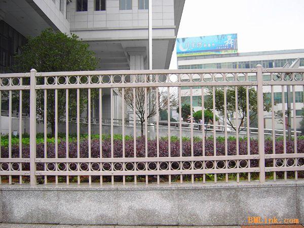 别墅不锈钢围墙护栏