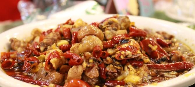 重庆美食南山鸡,游客们的必选南山重庆泉水价格鸡泉水是一鸡三美食香格里拉镇图片
