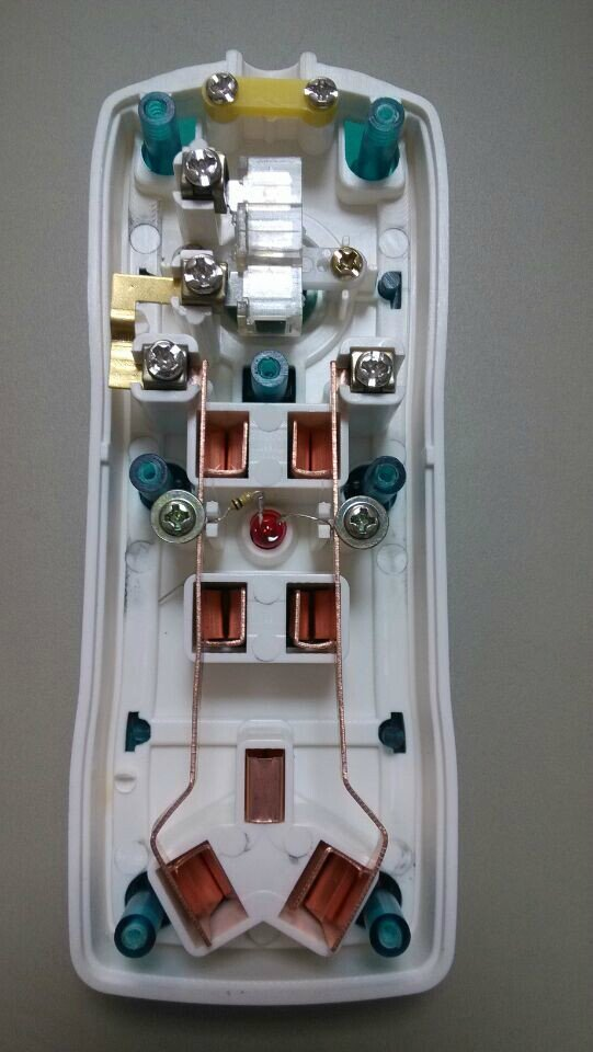大功率七孔开关灯插座 太原哪有卖可接线插座的?